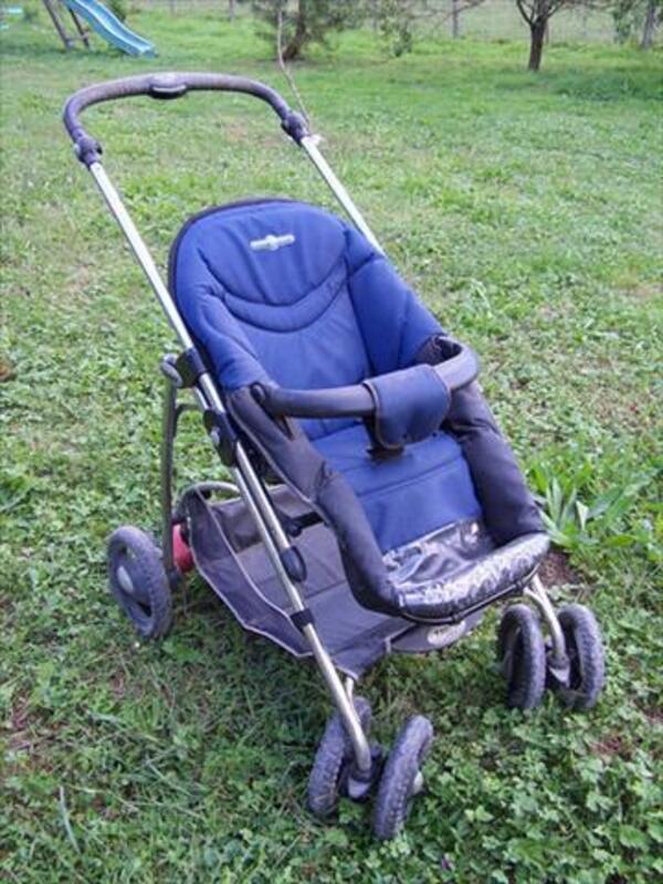 """Poussette """"bébé-confort"""" 56465028"""