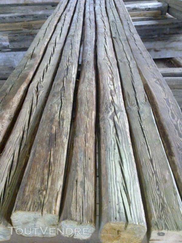 Poutre/chevron en vieux bois 113757078