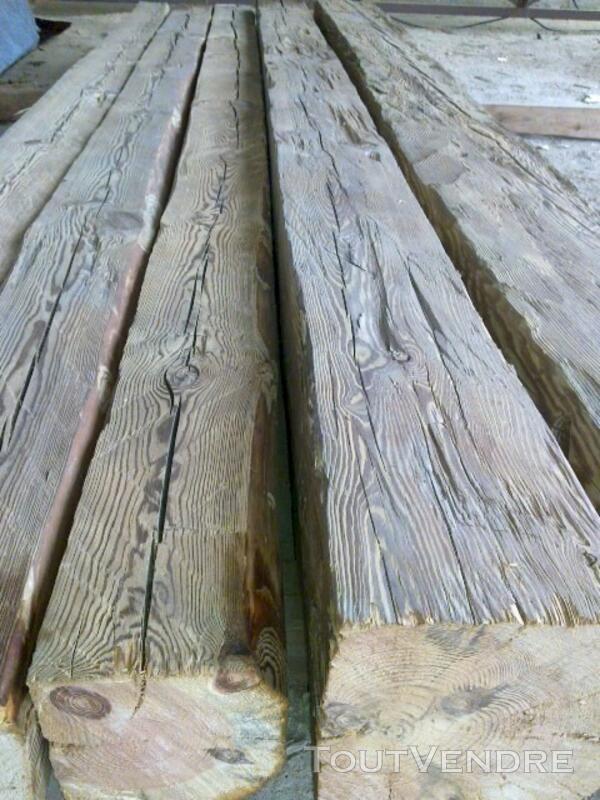 Poutre/chevron en vieux bois 113757096