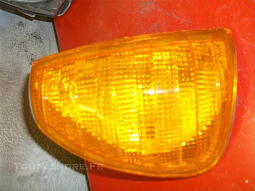Projecteur phare gauche pour MERCEDES 84847018