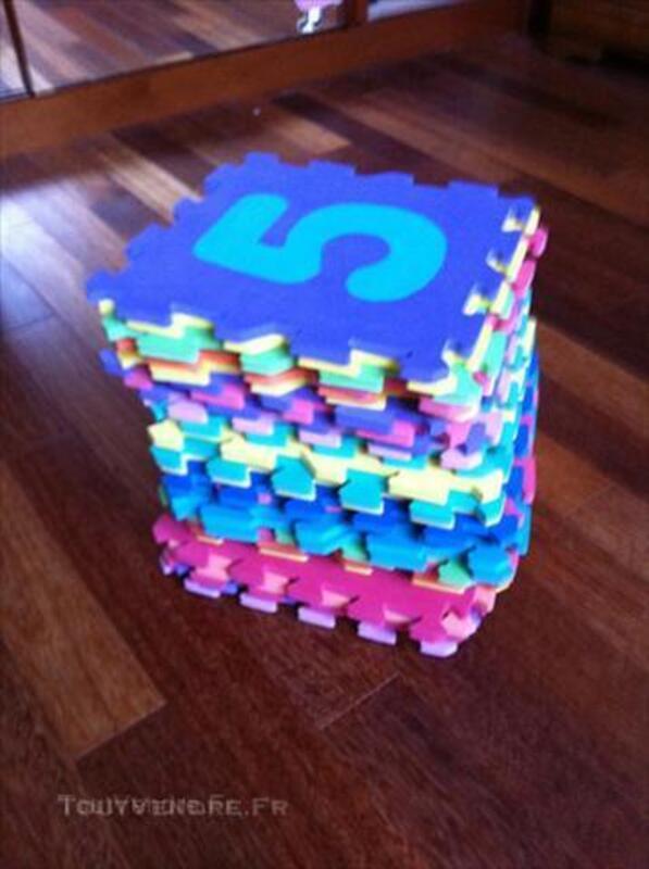 Puzzles en chiffres enfants / Tapis caoutchouc 64392242