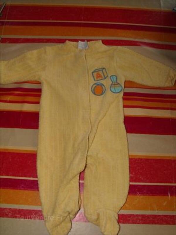 Pyjama jaune t 1 mois 86889587