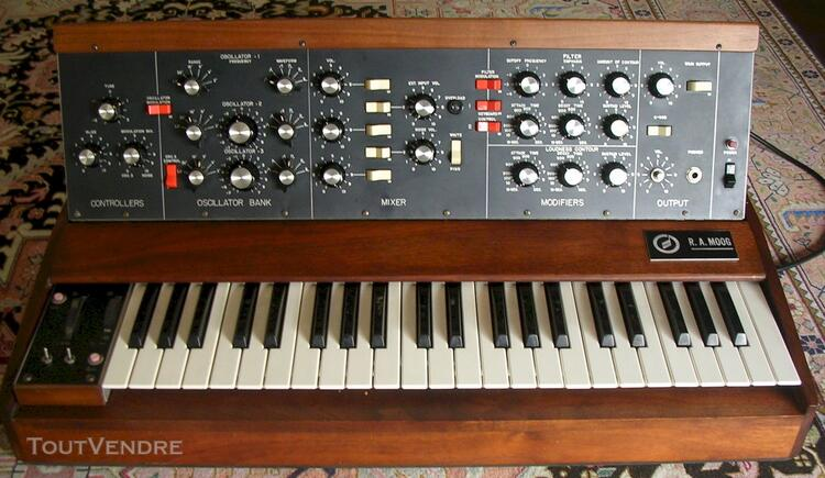 Ra minimoog model D-synthesizer 115854733
