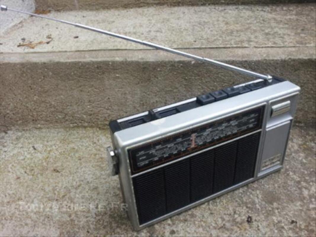 Radio transistor Grundig Party Boy 700 44928761