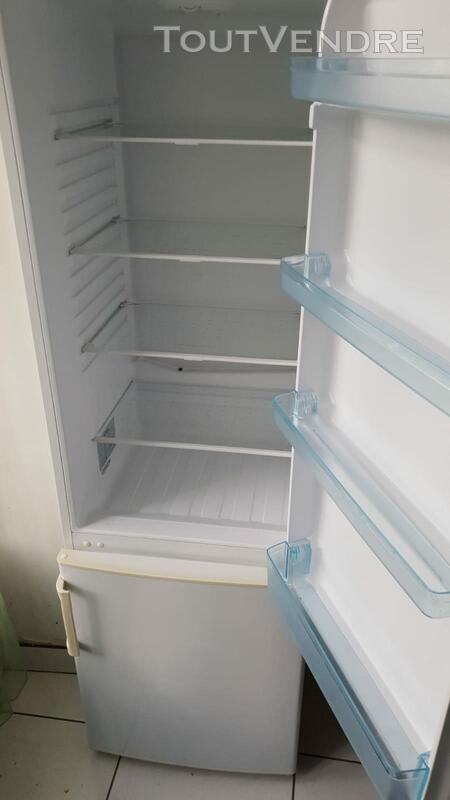 Réfrigérateur congélateur Valberg 491049883
