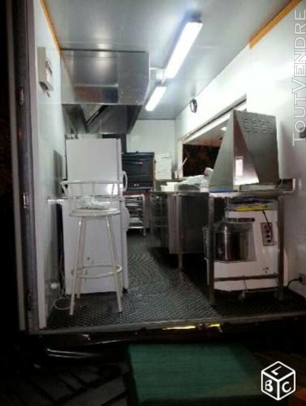 Remorque à pizza 120880227