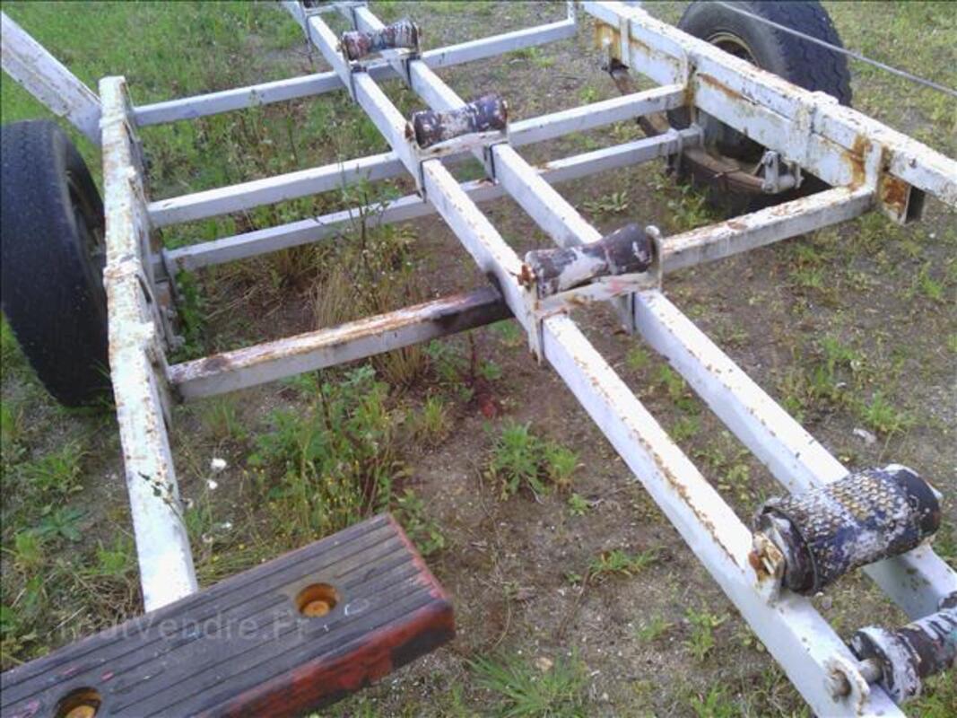 Remorque pour bateau 6 mètres sans carte grise 86957967