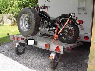 Remorque spécial camping car avec roues pivotantes
