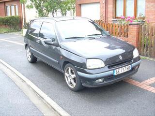 Renault clio 1.9 L D RT