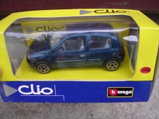 RENAULT CLIO 2 au 1/43ème neuve emballée