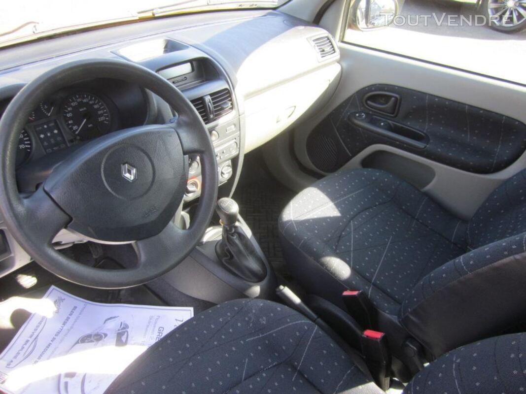RENAULT Clio II- 1.5 Diesel- 2002 182105888