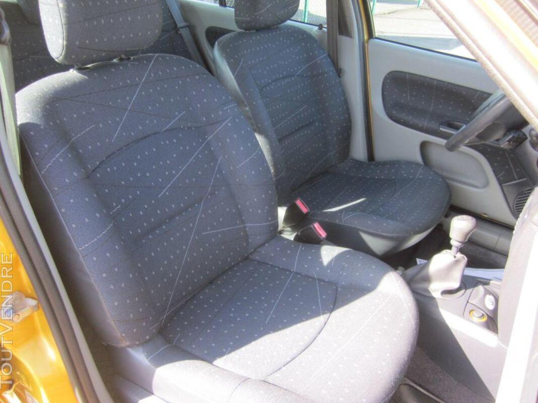RENAULT Clio II- 1.5 Diesel- 2002 182105996