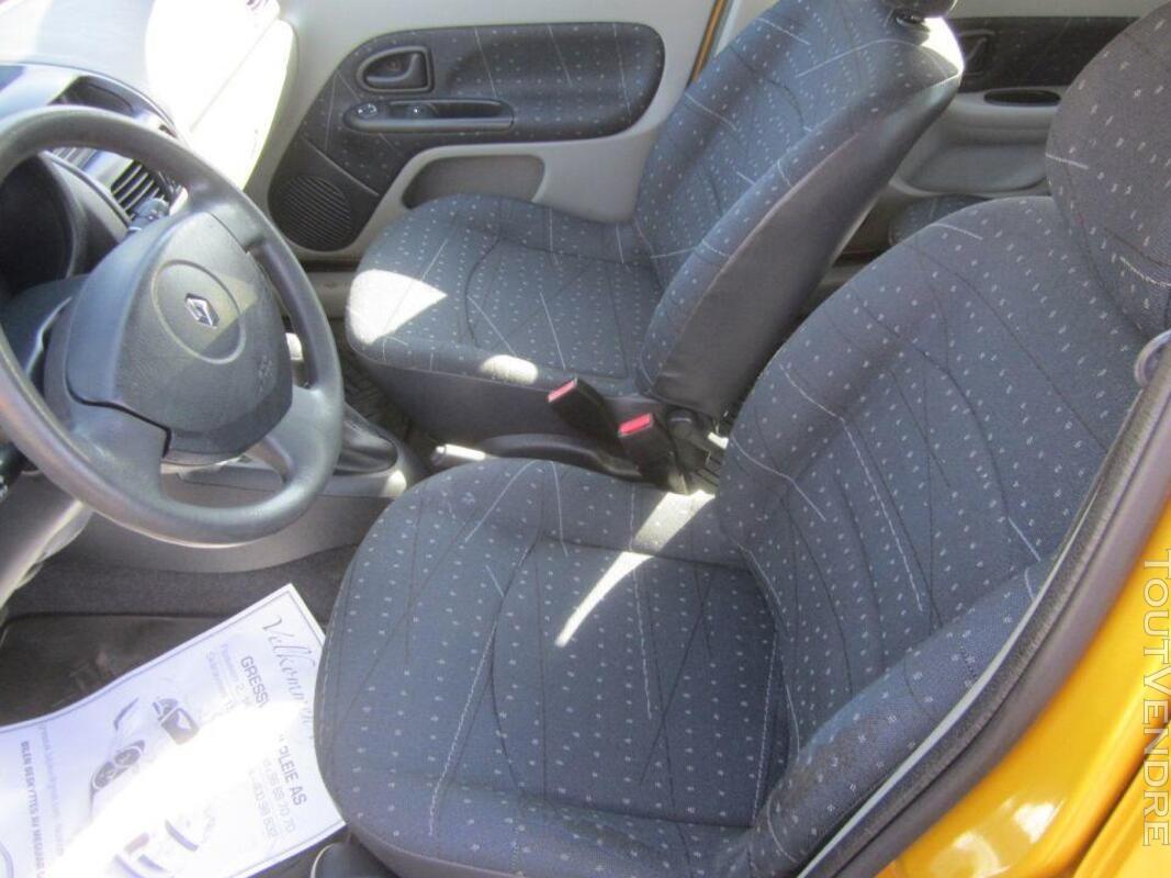 RENAULT Clio II- 1.5 Diesel- 2002 182106125