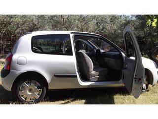 Renault Clio ii (2) 1.5 dci 65 privilege 3p