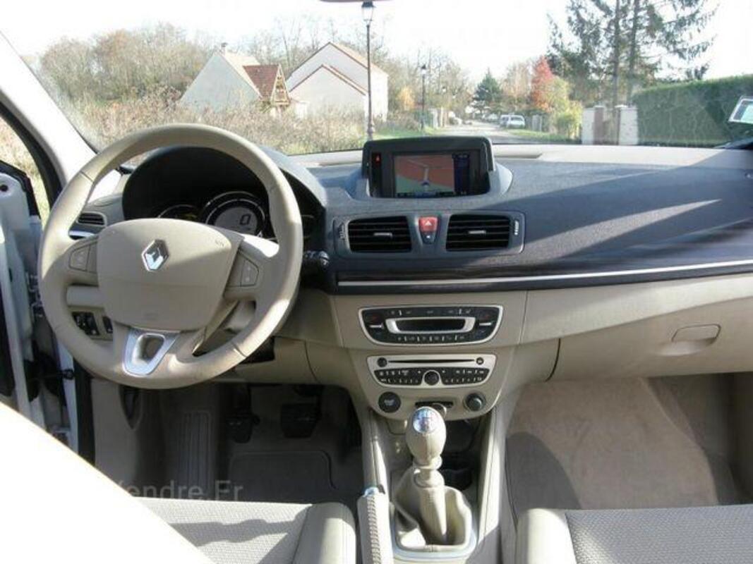 Renault Megane iii 1.9 dci 130 privilege 46953064