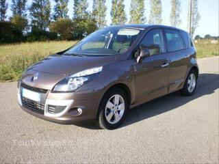 Renault Scénic 3 - 1.5 dci 110 FAP - Janvier 2011