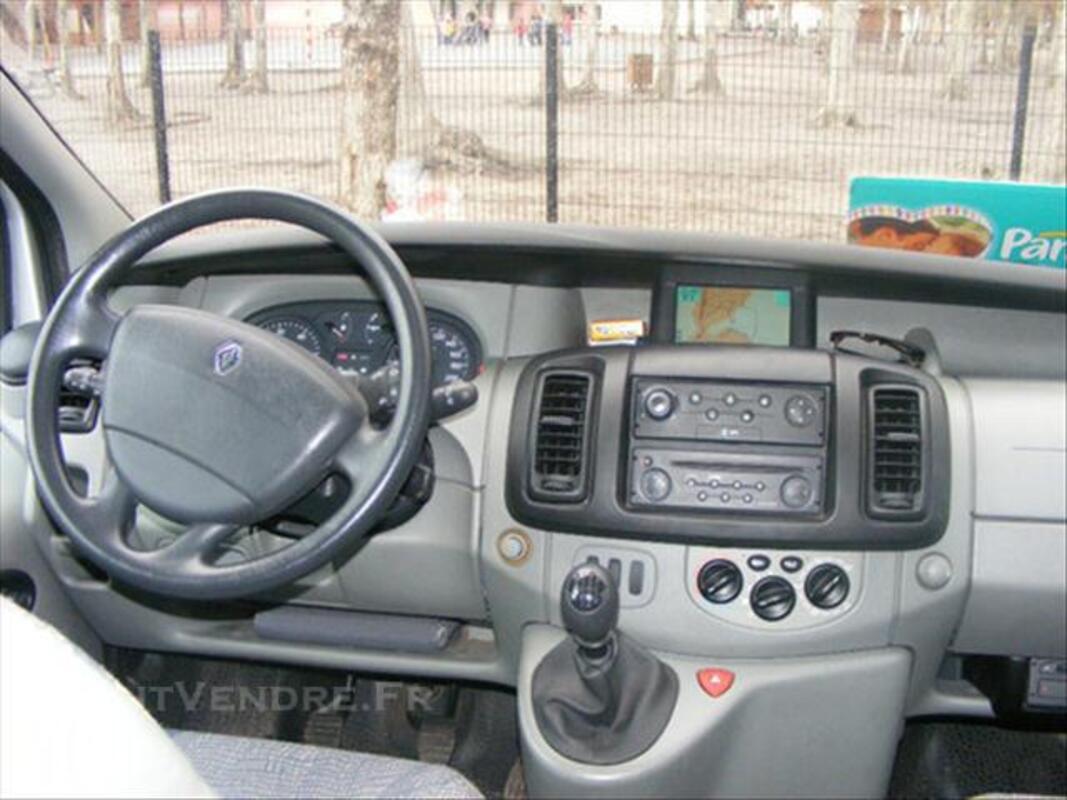 Renault Trafic L1H1 1.9 DCI 100 74012827