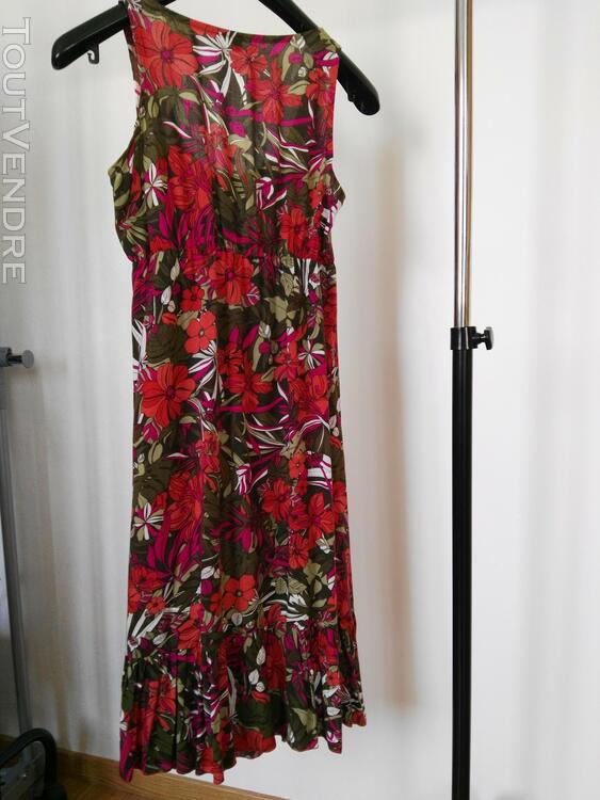 Robe fleurie en coton 561938676