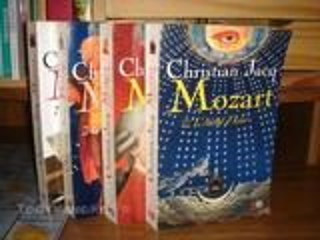Roman de Christian Jacq (Mozart) 4 tomes
