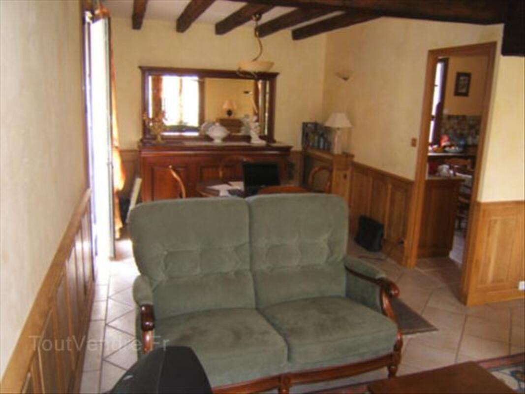 SALON EN ALCANTARA 56475880