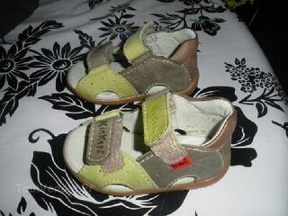 Sandale kickers pointure 18