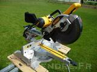 Scie à onglets radiale Dewalt DX 717 XPS 550 €