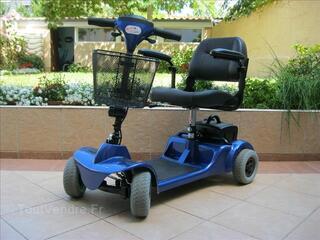 Scooter électrique pour personne à mobilité réduite.
