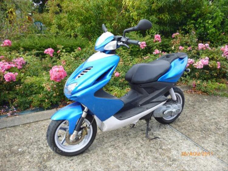 SCOOTER MBK 46694212