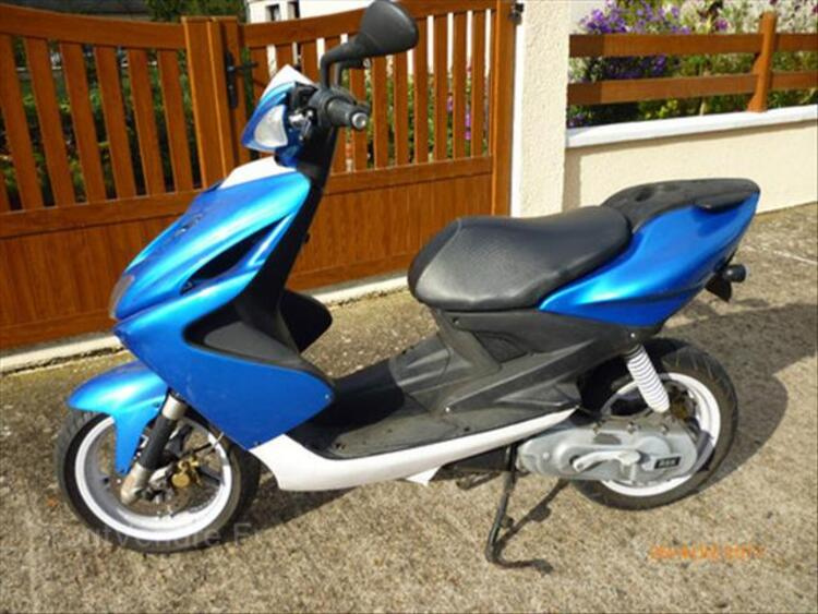 SCOOTER MBK 46694213