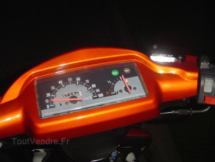 Scooter yamaha booster 54701898