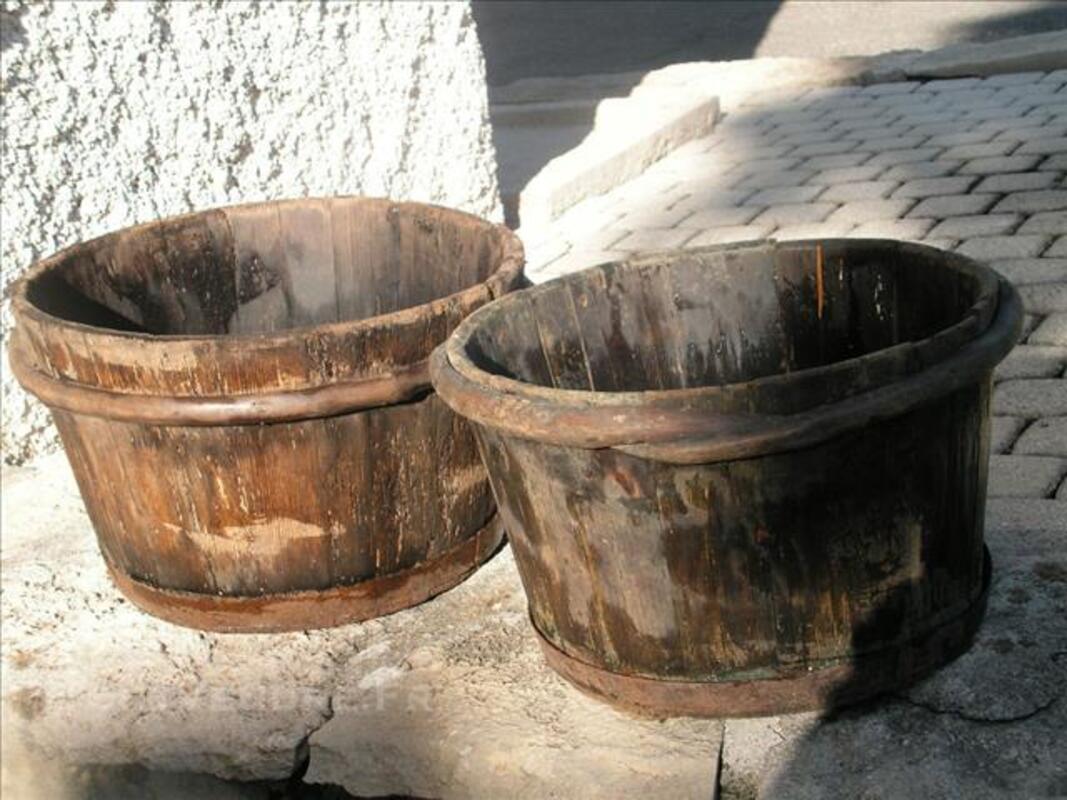 SEAU en bois  de vigneron 76871405