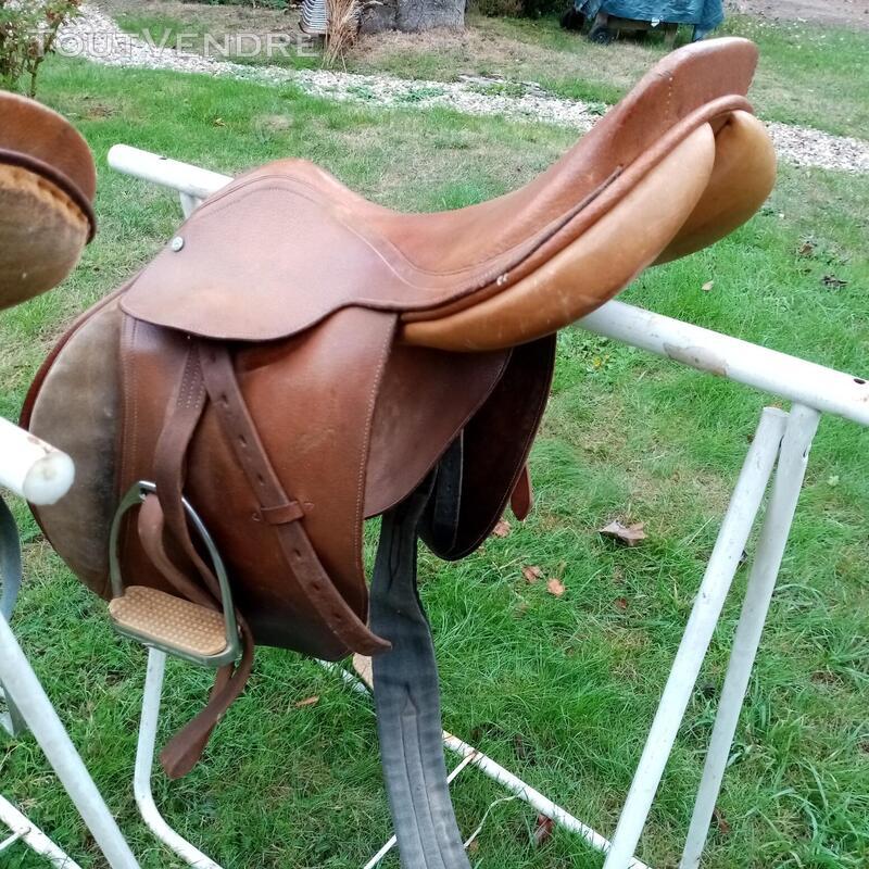 Selles de cheval 702483277