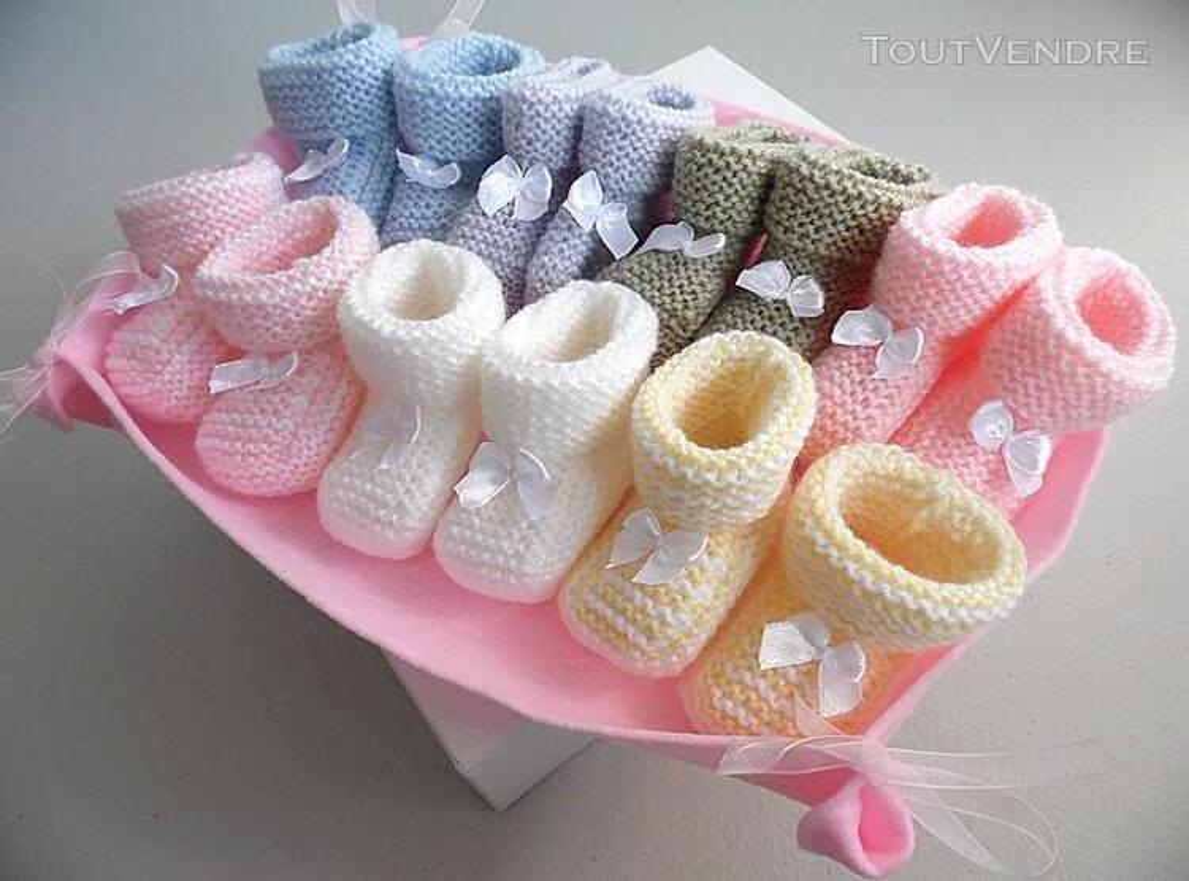 Semainier de chaussons tricot laine bébé fait main 168286464