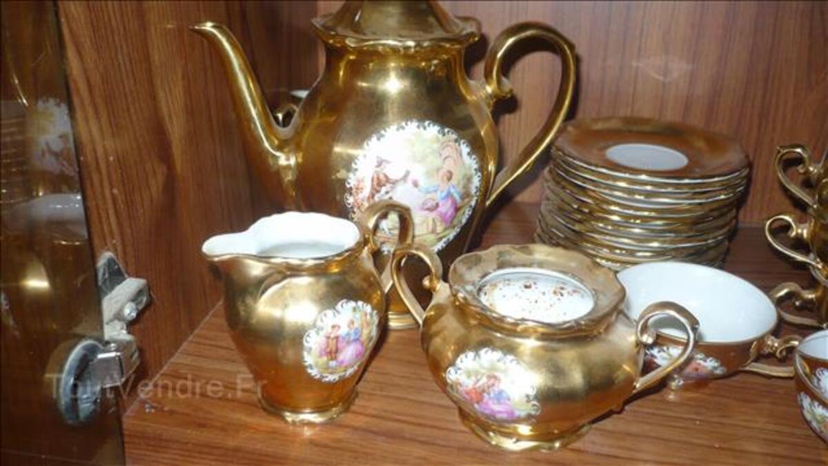 Service a cafè 24 pièces couleur or en porcelaine de bavière 100612639
