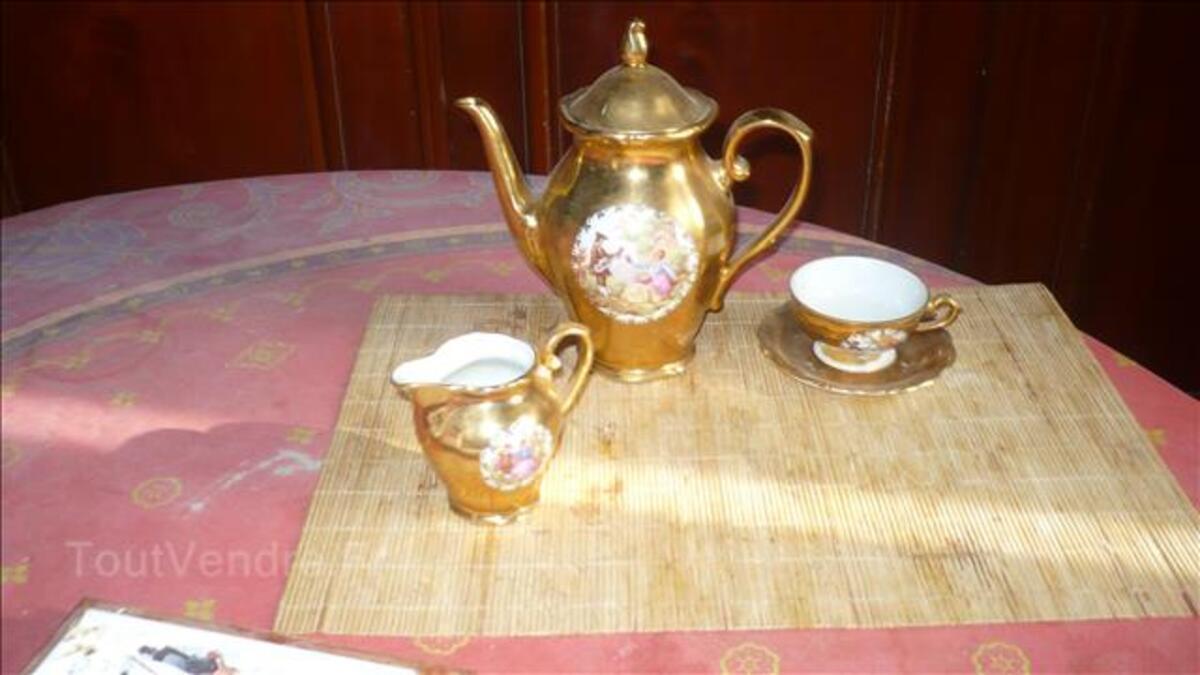 Service a cafè 24 pièces couleur or en porcelaine de bavière 101802017