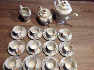 Service à café en porcelaine de Limoges M-Fres 15 pieces