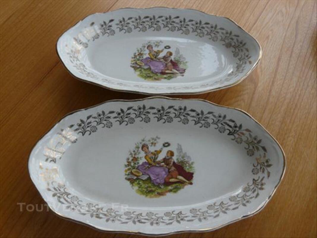 Service d'assiettes et plats porcelaine Digoin 85577309