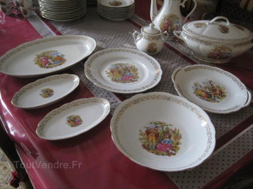 Service de table complet Porcelaine de Chauvigny 87035507