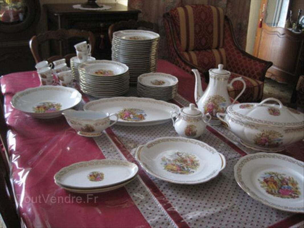Service de table complet Porcelaine de Chauvigny 87035508
