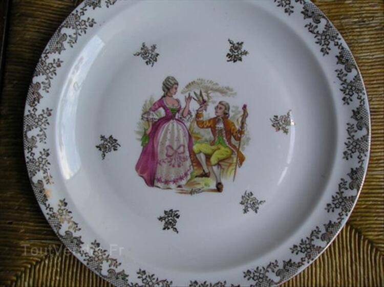 Service de table en porcelaine de Limoge 64641010