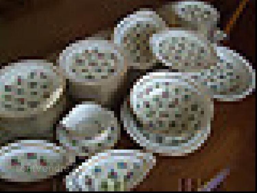 Service de table en porcelaine de Limoges 92190878