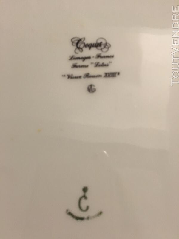 """Service en Porcelaine de Limoges """"Vieux Rouen"""" signé Coquet 330021002"""