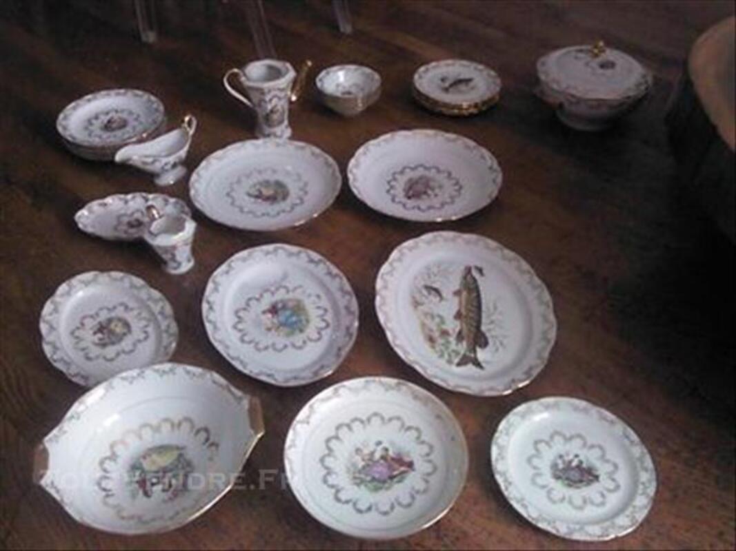 Service Porcelaine de LIMOGES 77360777