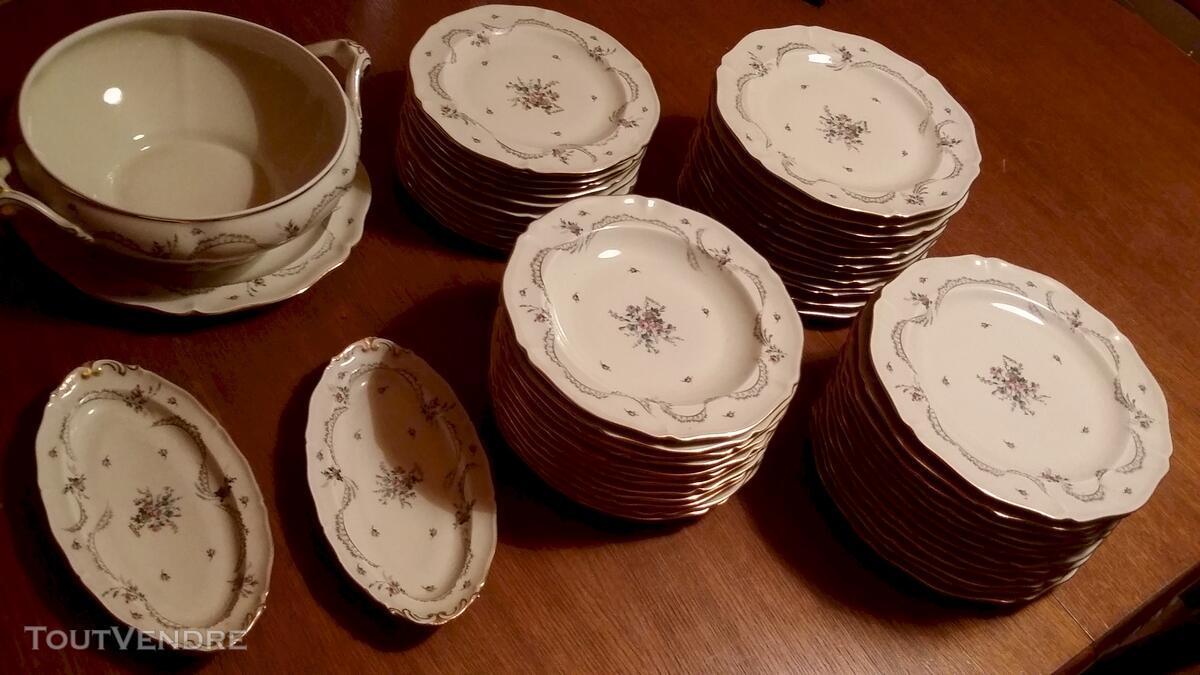 Service Porcelaine royale de Limoges  53 pièces 114136556