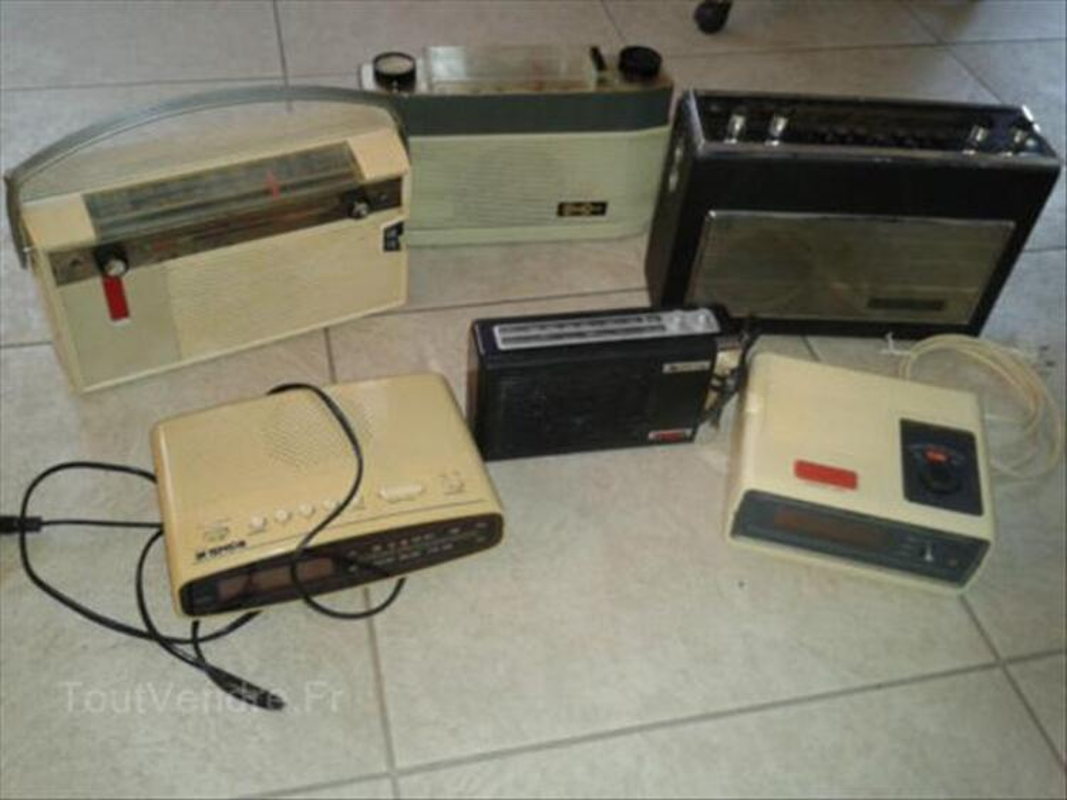 Six vieux postes radio 56560699
