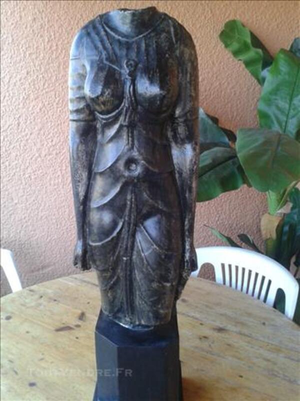 Statue buste de femme 86200109