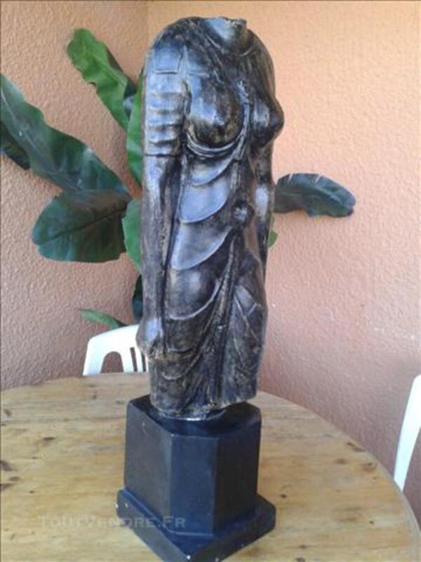 Statue buste de femme 86200110