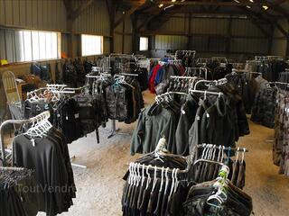 Stock militaire en Mayenne (53340 Ballée)