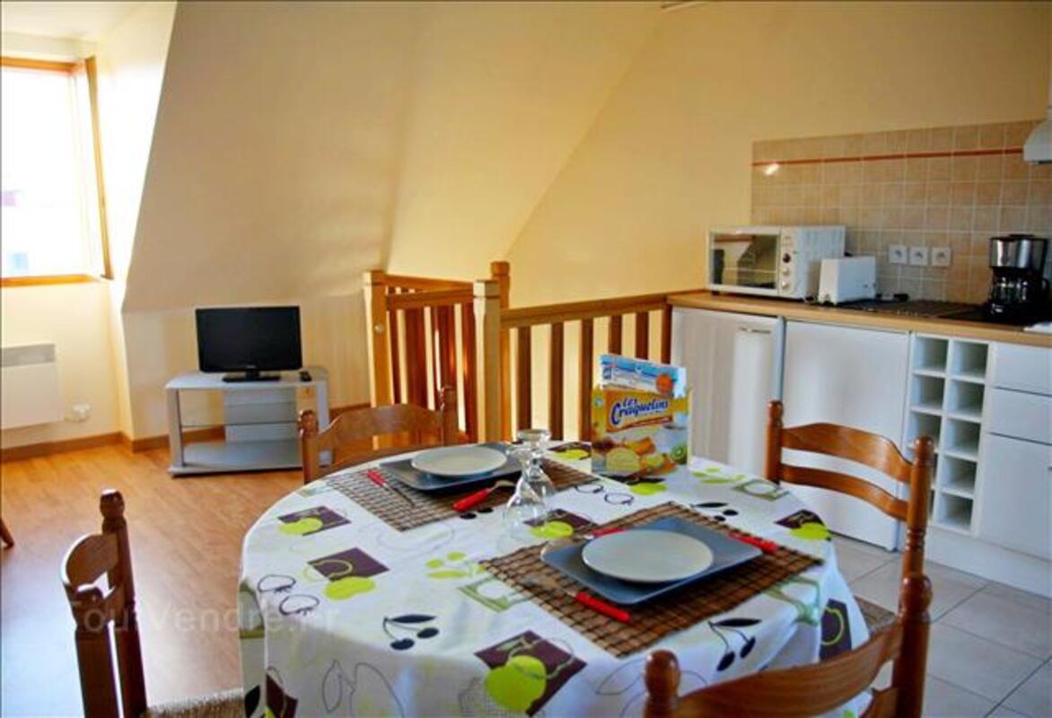 Studio T1Bis moderne/bien équipé/ jardin et barbecue. 90228630