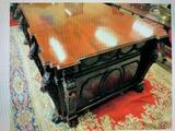 Stunning and rare Chippendale inspired mahogany Partners des